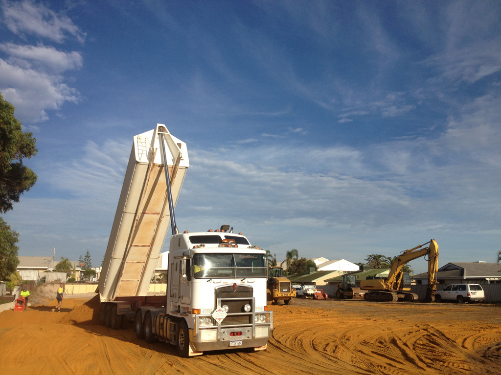 tip trucks for wet or dry hire in Geraldton WA