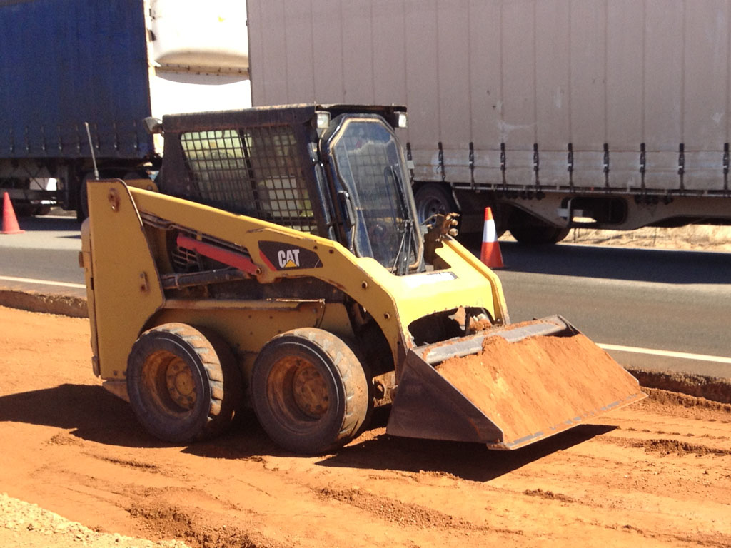 Bobcat for wet or dry hire in Geraldton WA
